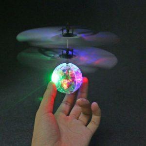 Dijamantna leteća lopta sa senzorom